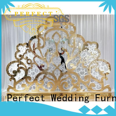 Perfect Wedding Furniture inside stainless steel screen for wedding to accentuate the desired effect for hotel