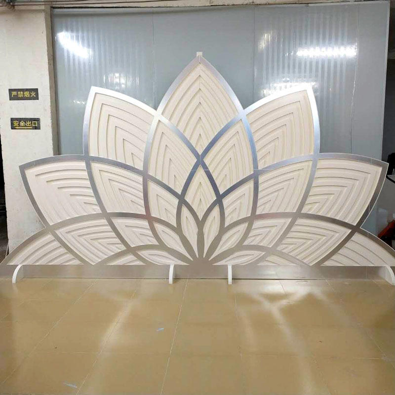 white and sliver Wedding screen PF003
