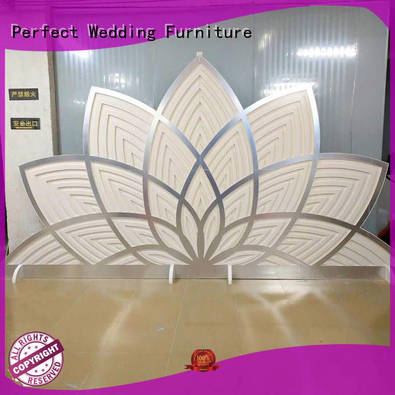 high quality wedding screen sliver to accentuate the desired effect for wedding ceremony