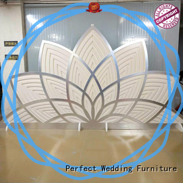 high quality wedding screen celebration to accentuate the desired effect for wedding ceremony