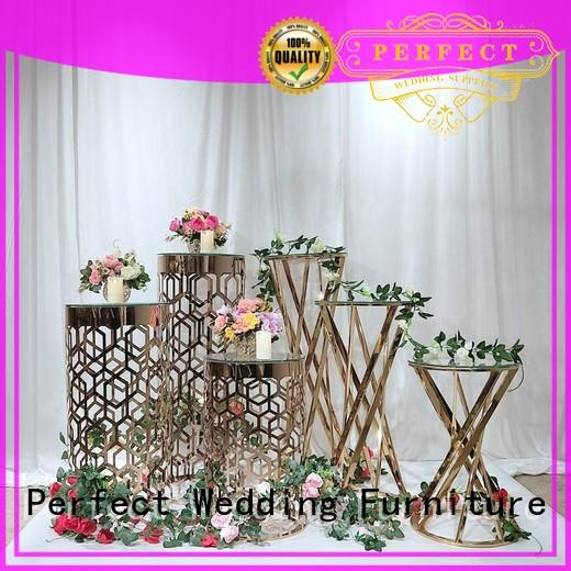 decorative gold floral stand wholesale for wedding ceremony