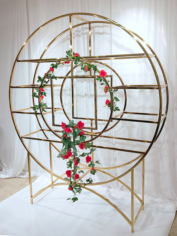 Perfect Wedding Furniture steel circle shelf to place your precious trinkets for indoors-4