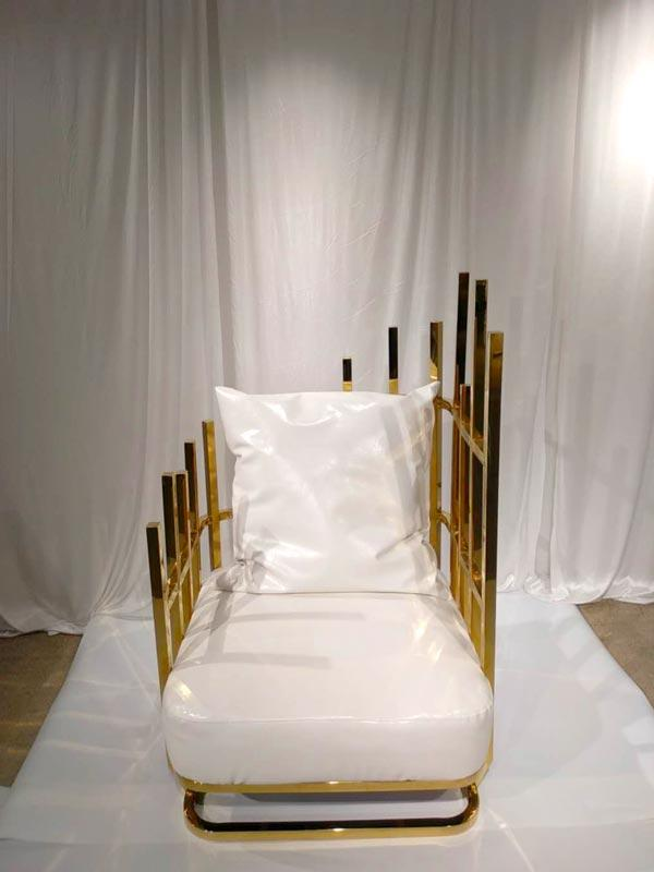 Perfect Wedding Furniture traditional king and queen chairs for weddings to meet your needs for hotel-3