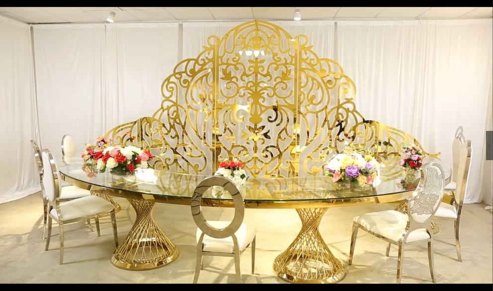 Big Round Wedding table